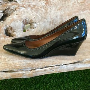 Classic Donald J Pliner Pointed Toe Patent Wedges